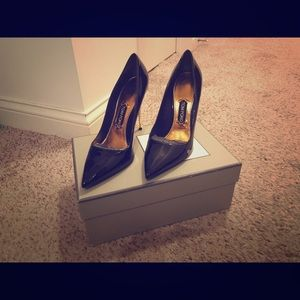 Tom Ford Patent Leather Pumps with Gold Heel!!!